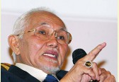 Sarawak constitution prohibits Taib Mahmud from becoming Governor over illegal business activities
